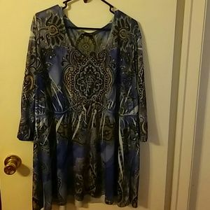 ❤Beautiful stretchy baby doll tunic size 22/24